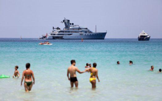 Leonid-Mikhelson-Yacht-Mondello-2-757x505