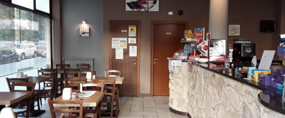 Vendita bar caffetteria tavola fredda