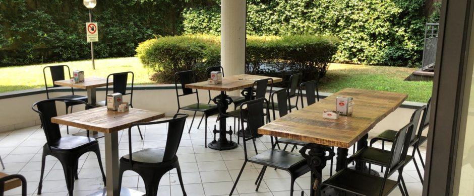 Attività di bar caffetteria con forno